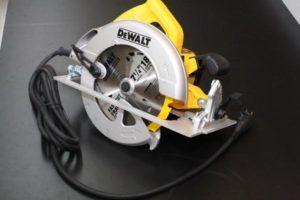 DWE575 sierra circular y cordon